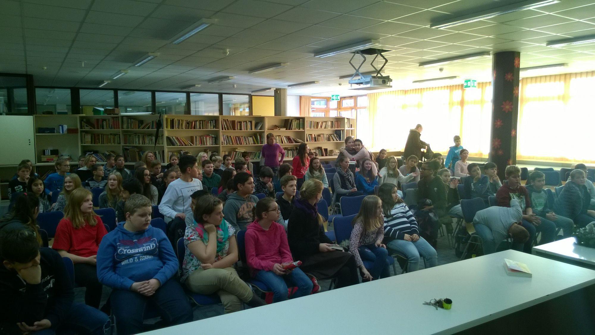 Vorlesewettbewerb in der Schülerbücherei